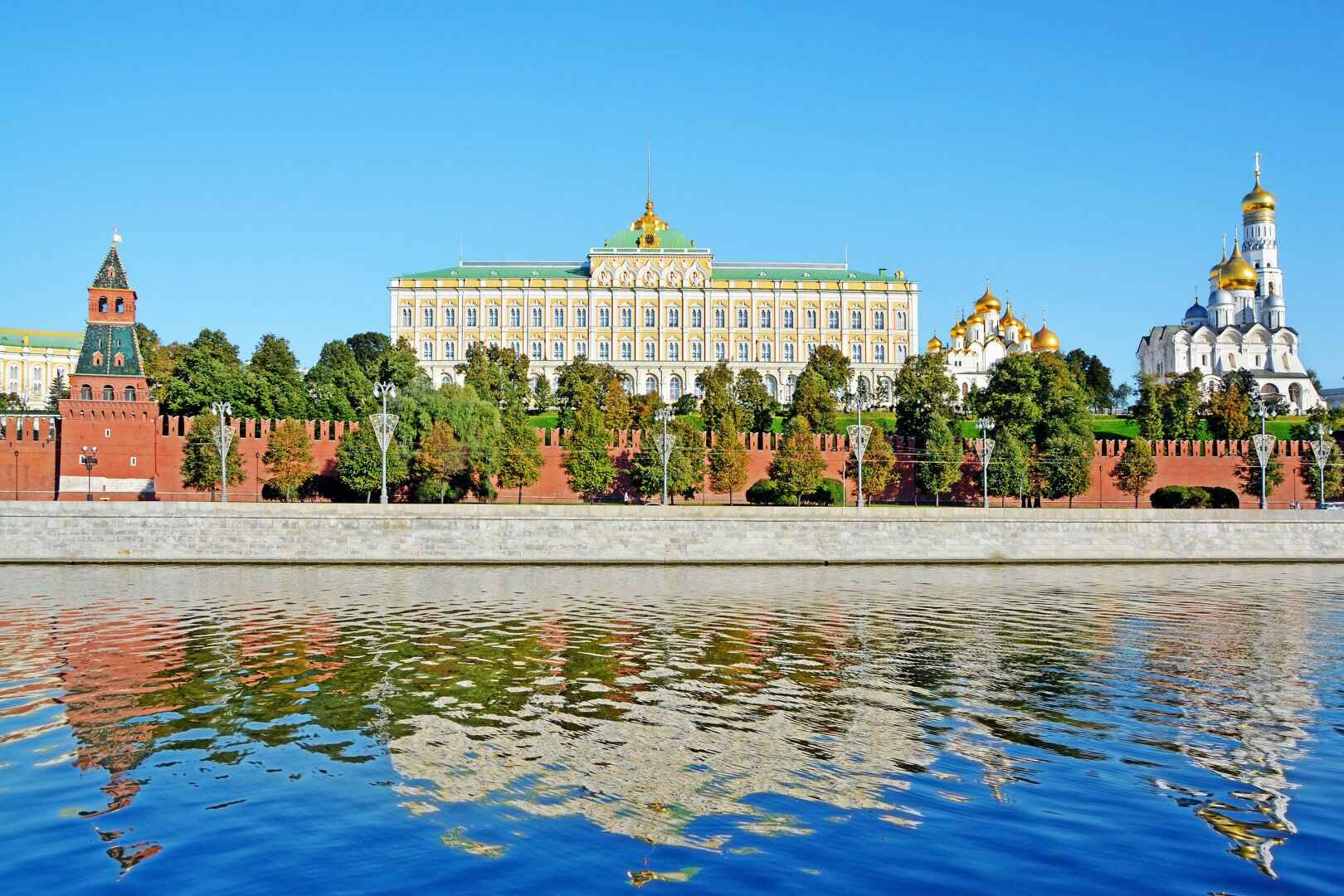 : The Moscow Kremlin - tickets to the Moscow Kremlin towers buy price visit schedule, Фото 11