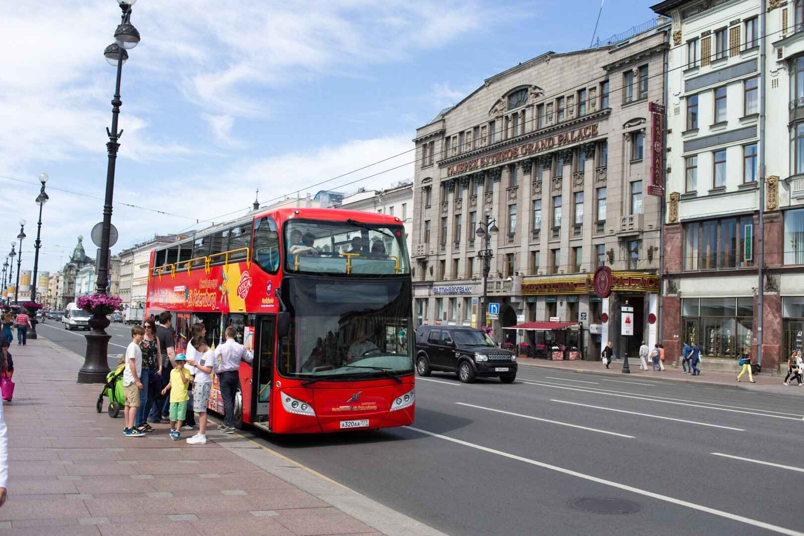 : Sightseeing tour across St. Petersburg by bus | Buses City Sightseeing | Map St. Petersburg City Pass, Фото 8