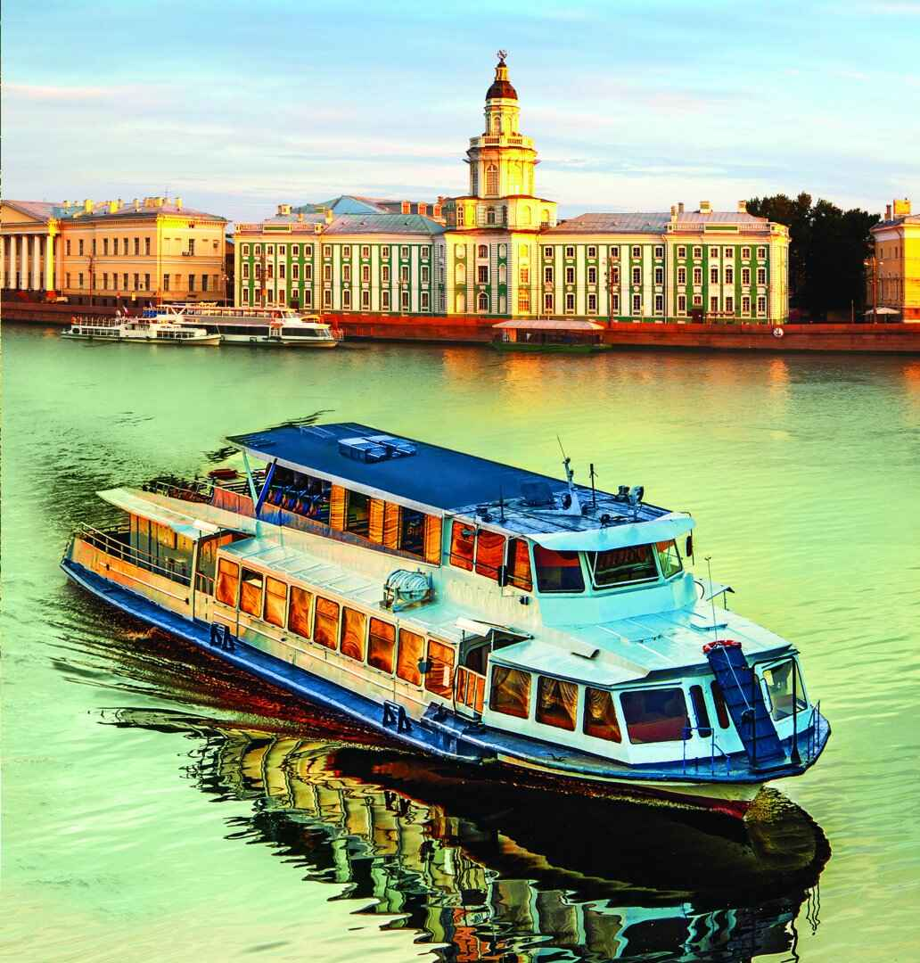 : Boats on rivers and canals of Saint-Petersburg tours and excursions | St. Petersburg CityPass card, Фото 1