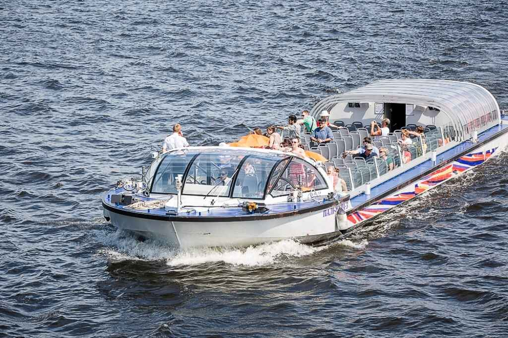 : Sightseeing boat tour of St. Petersburg | Card of St. Petersburg City Pass, Фото 4