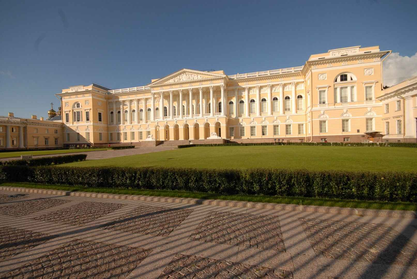 : Mikhailovsky castle in St. Petersburg | the Mikhailovsky castle: tours | Map St. Petersburg City Pass, Фото 2